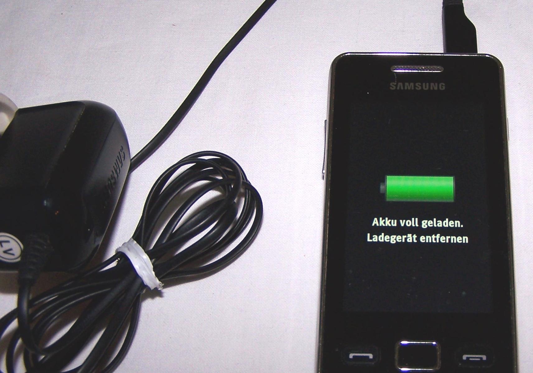 Büro - IT&Kommunikation - Smartphone Samsung GT-S5260