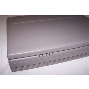Büro - IT & Kommunikation - Toshiba Laptop Satellite 320CDT - Frontansicht