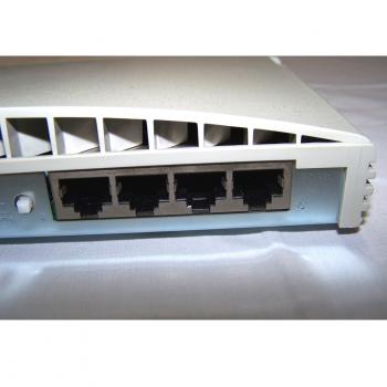 Büro - IT & Kommunikation - 3Com OfficeConnect Ethernet Hub 4 - hinten