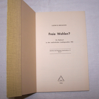 Literatur - Sachbücher - Freie Wahlen - erste Innenseite