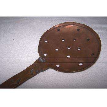 Haushalt - kochen & Backen - servieren - Kuperkelle und -sieb ca 32 cm lang - Sieb