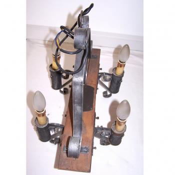 Licht - Deckenlampe - 4-flammig - Holzjoch mit Schmiedeeisen - oben