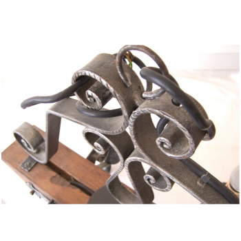 Licht - Deckenlampe - 4-flammig - Holzjoch mit Schmiedeeisen - Aufhängung