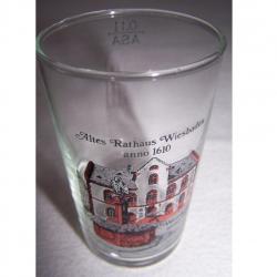 Haushalt - servieren - Souvenirs - Weinglas - Wiesbaden Altes Rathaus