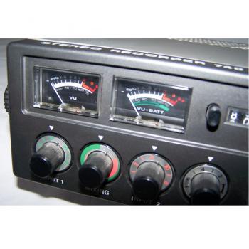 Audio-Video-Photo - Stereo-Cassetten-Recorder ITT 740 AV - Aussteuerung Zeigerinstrumente