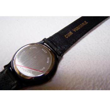 Schmuck - Uhren - Armbanduhr wasserdicht mit Lederarmband und blauen Zeigern - Rückseite