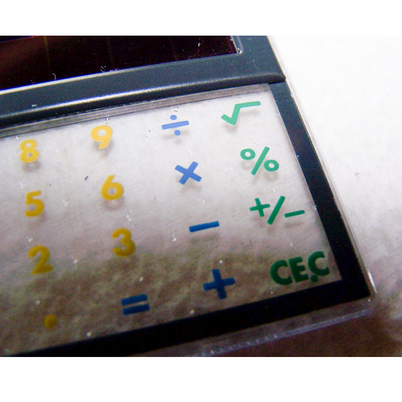 Büro - Bürowerkzeuge - durchsichtiger Solartaschenrechner - Rechenfelder