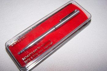 Büro - Bürowerkzeuge - Schreibwerkzeuge - Stempelkugelschreiber - originalverpackt