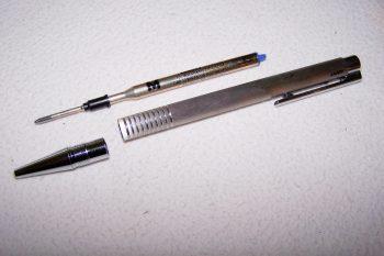 Büro - Bürowerkzeuge - Schreibwerkzeuge - Kugelschreiber Lamy - Mine