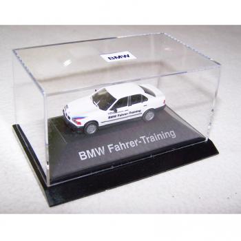 Hobby - Modellautos - BMW Fahrer-Training - in Acryl-Box