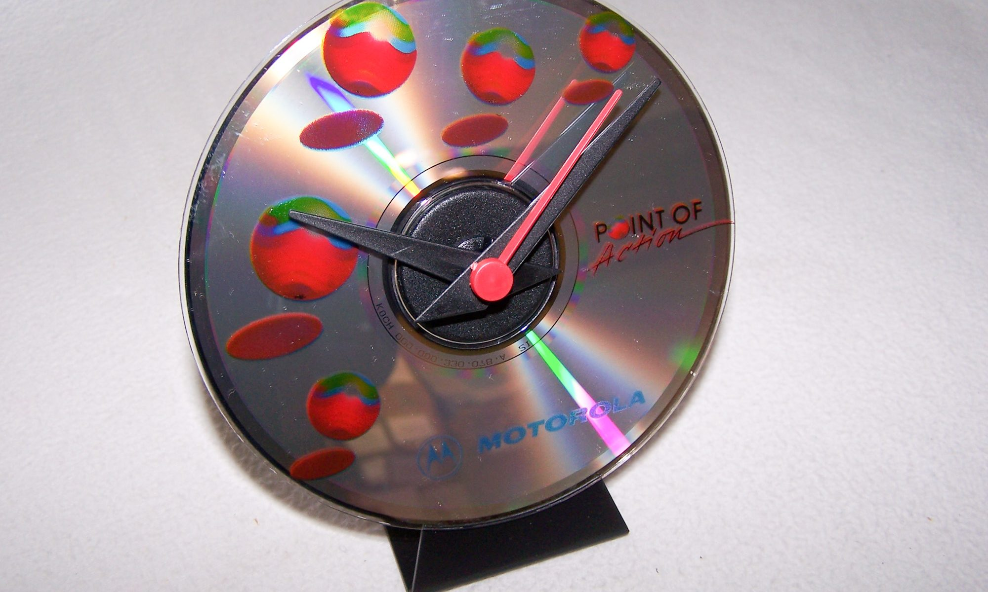 Haushalt - messen & regeln - CD-Tischuhr - links