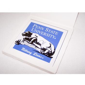 Souvenirs - Steingut-Fliese der Nittany Lions der Pennsylvania State University - originalverpackt
