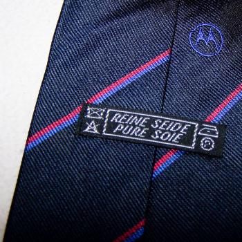 Bekleidung - Krawatten - schwarz mit rot/blauen Streifen und Motorola-Schriftzug - Passantino
