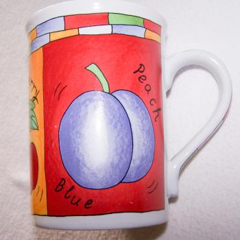 Haushalt - servieren - Geschirr - Kaffee-/Tee-/Milchbecher - 3er Set Blüten-Obst - Pflaume
