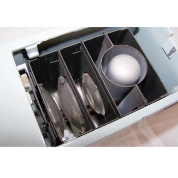 Audio-Video-Photo - Diaprojektor Velux 150 von Vega - Linsensystem