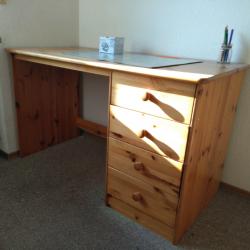 Möbel - Schreibtisch massiv Kiefer