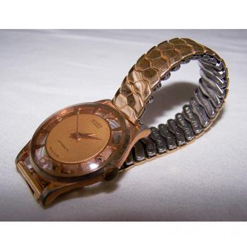 Schmuck - Armbanduhr mit transparentem Ziffernring und durchsichtiger Rückseite - Seitenansicht