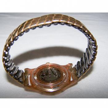 Schmuck - Armbanduhr mit transparentem Ziffernring und durchsichtiger Rückseite - Stretcharmband