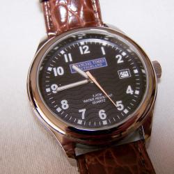 Schmuck - Uhren - Armbanduhr Financial Times Deutschland - Ziffernblatt