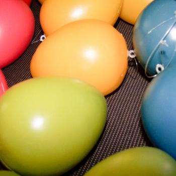 Wetterfeste Ostereier - in fünf verschiedenen Farben